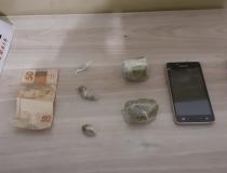 Três são presos por tráfico no Bairro Francisco Duarte