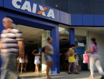 Agência da Caixa em Araxá abrirá  neste sábado para pagamento do Auxílio Emergencial