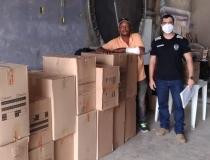 Obras assistenciais recebem calçados apreendidos em rodovia