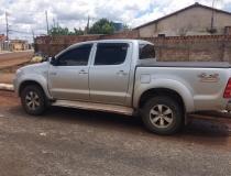 Homem suspeito de integrar quadrilha especializada em roubo de caminhonetes na região foi preso pela Polícia Civil