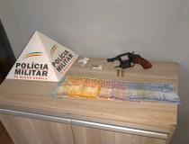 PM prende autores e apreende drogas, arma de fogo e dinheiro no Bairro Pão de Açúcar