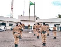 37º Batalhão comemora Dia da Bandeira Nacional