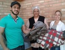 Alunos do UNIARAXÁ realizam Campanha do Agasalho