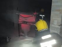 Forno industrial pega fogo e Corpo de Bombeiros foi acionado no Villa Silvéria