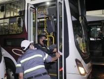Veículos do transporte público passam por vistoria