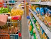 Supermercados voltam a funcionar aos domingos e feriados em Araxá