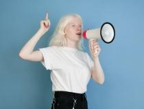 Conscientização mundial sobre o Albinismo: especialista explica o que realmente significa essa anomalia pigmentar